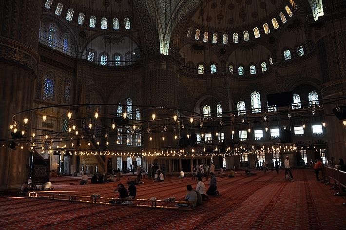 Wnętrze Meczetu Ahmeda