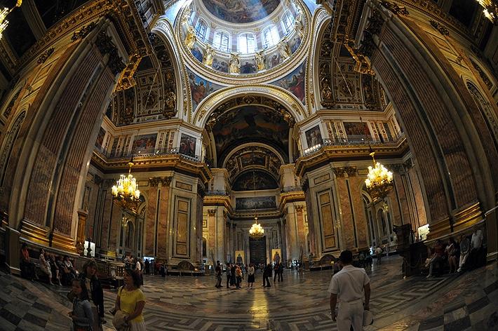 Wnętrze Soboru Świętego Izaaka Dalmatyńskiego
