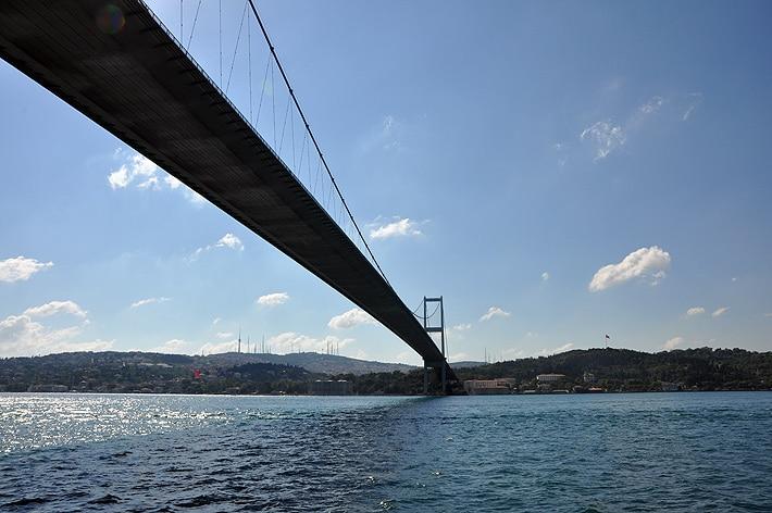 Most Bosforski w Stambule