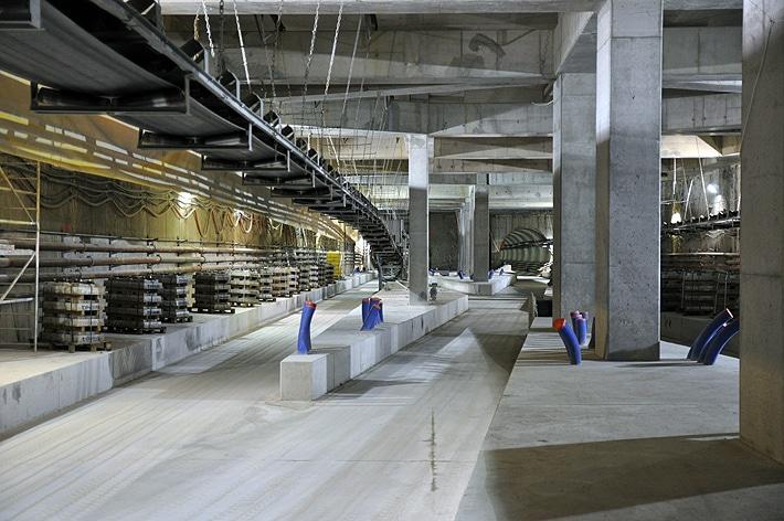 Taśmociąg budowy II linii metra