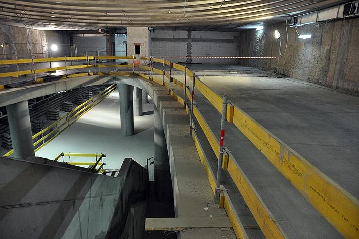 Stacja metra Rondo ONZ