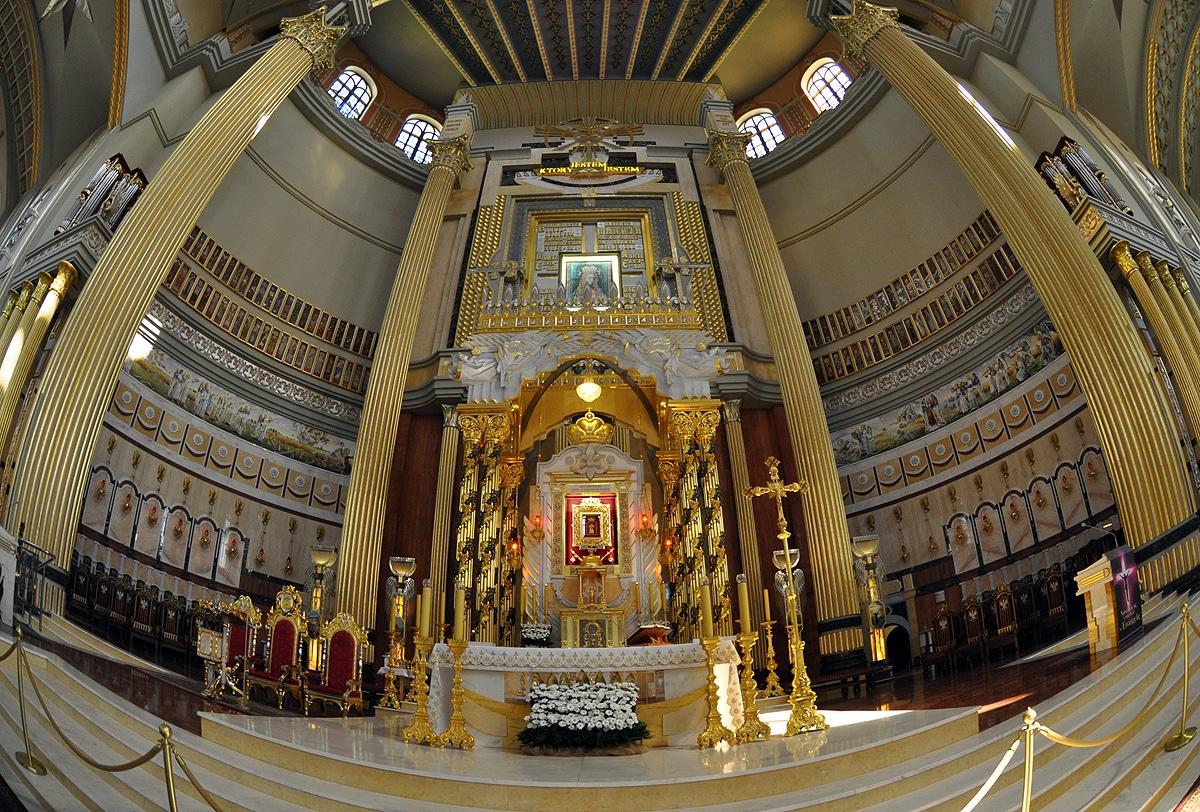Ołtarz w Licheniu