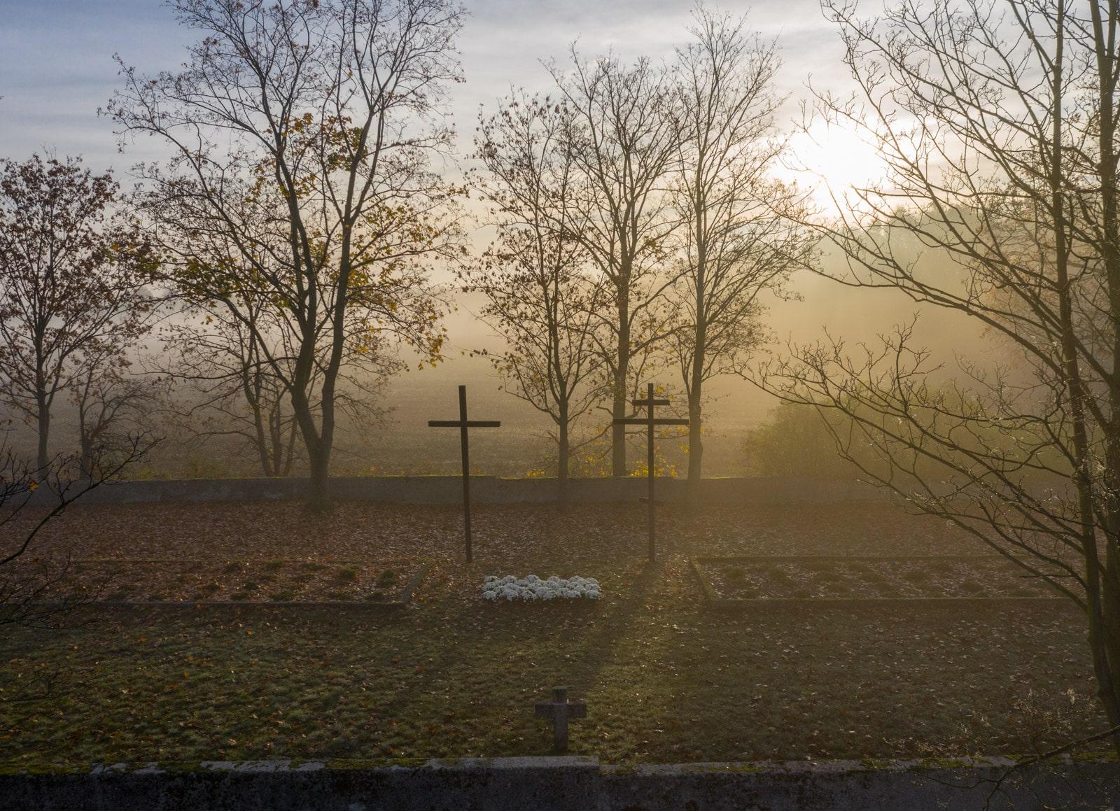Cmentarz w Pęcicach