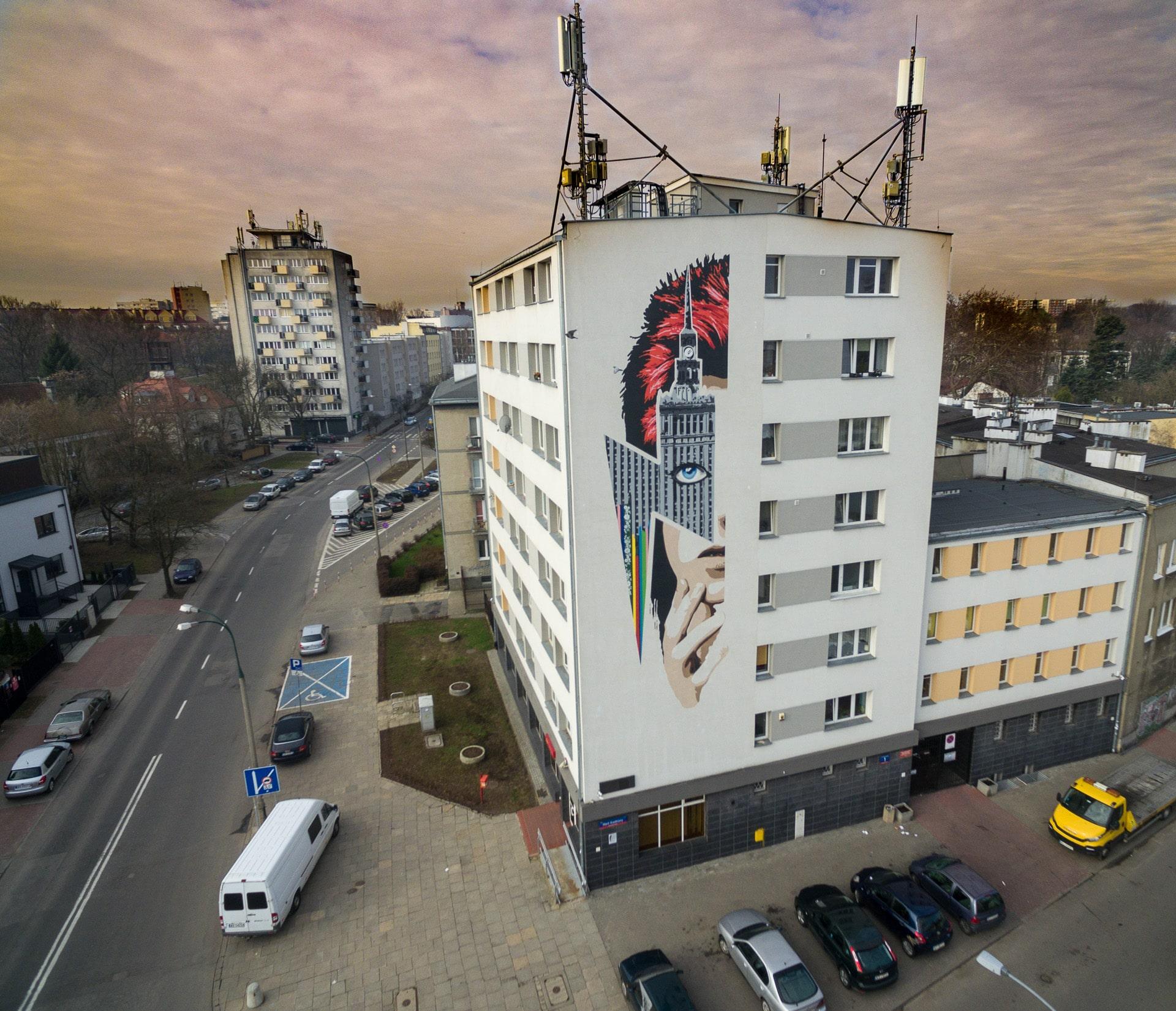 Murale w warszawie z drona for Mural alternatywy 4