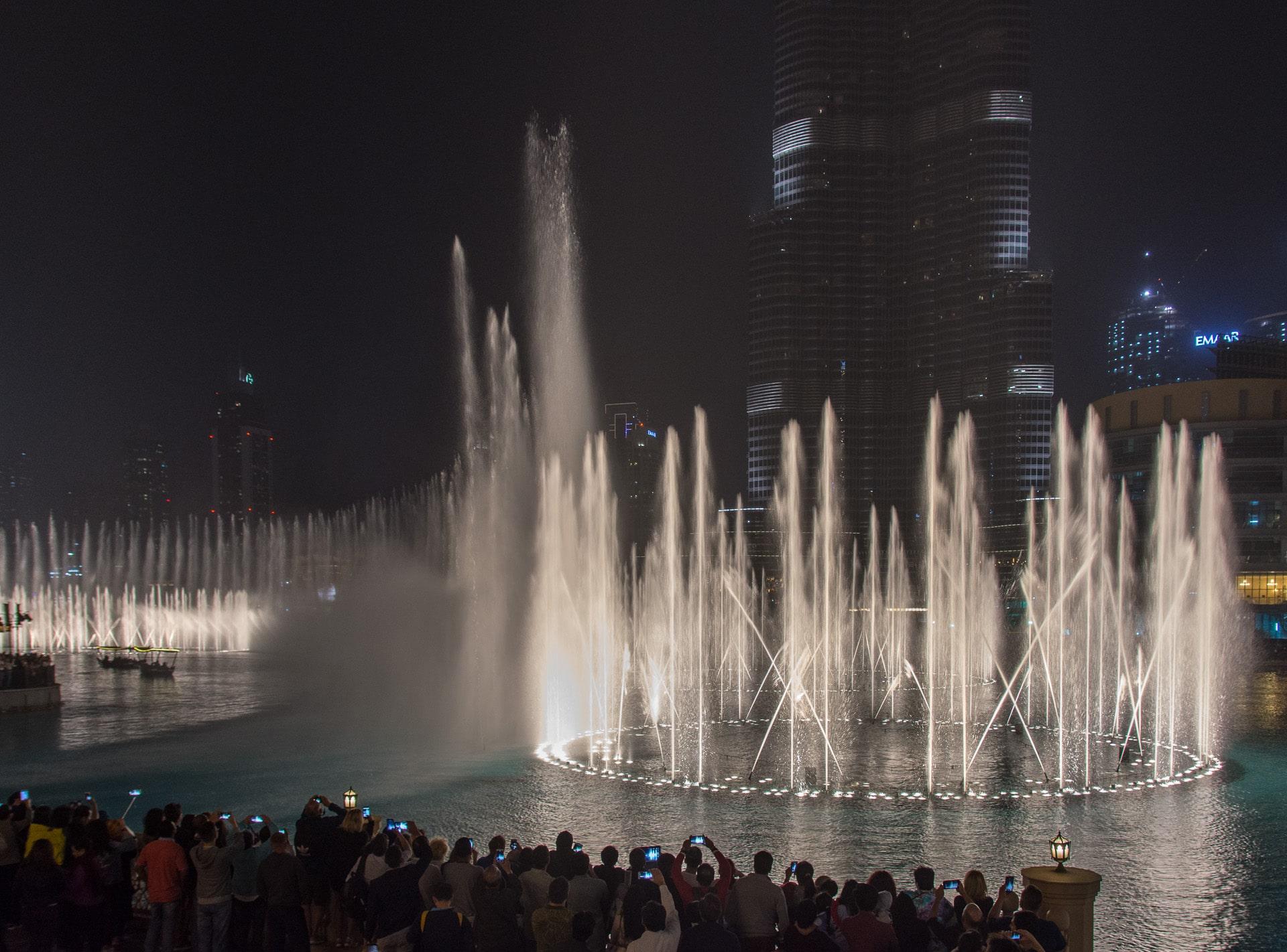 Dubaj - fontanny