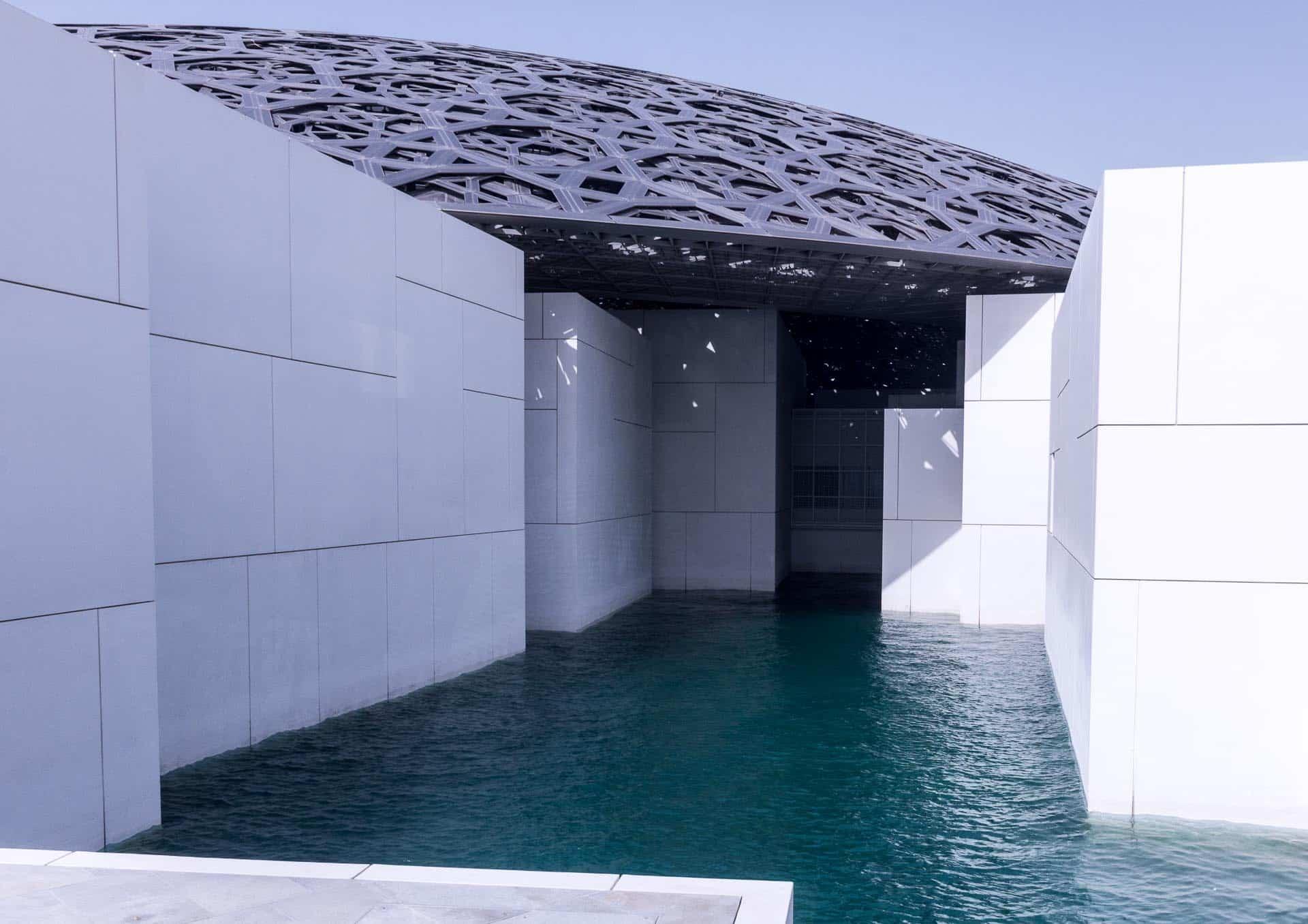 Luwr, Abu Zabi, Zjednoczone Emiraty Arabskie