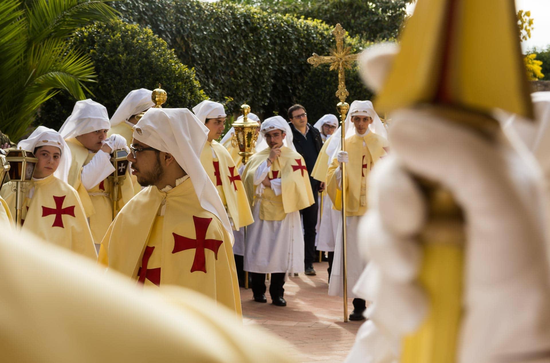 Sycylia - procesja bractw w Wielki Piątek