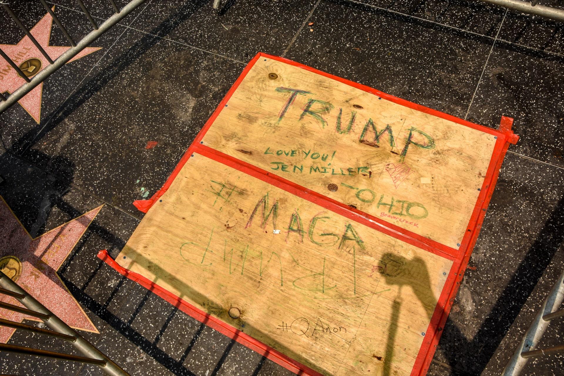 Zdemolowana gwiazda Donalda Trumpa