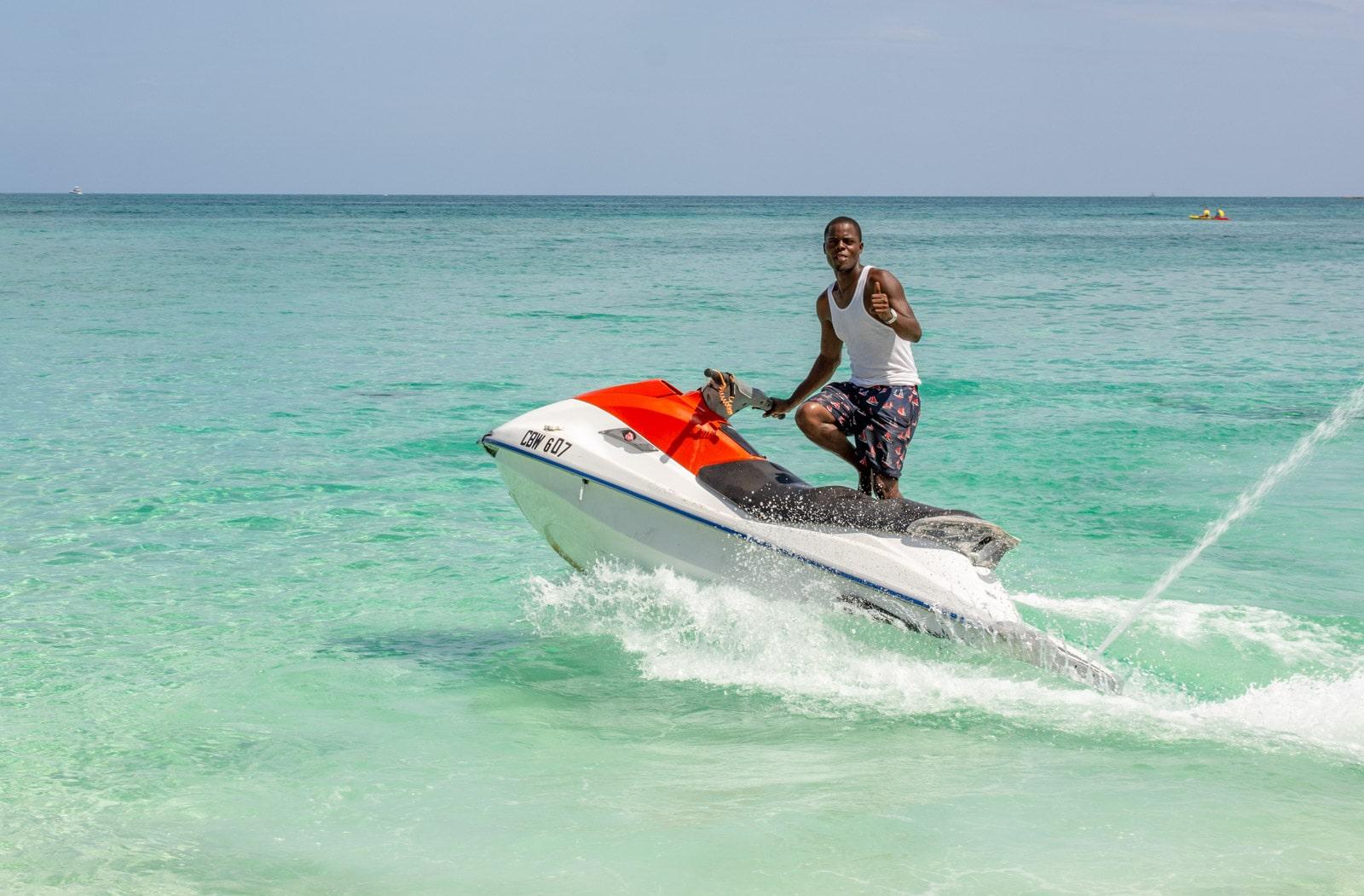 Cable Beach, Bahamy