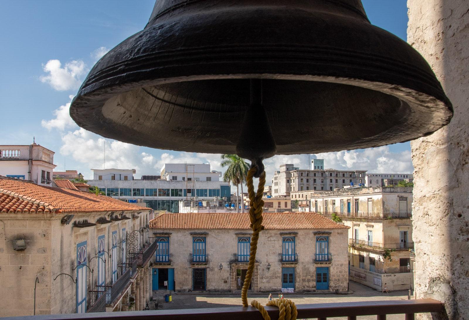 Dzwon katedry w Hawanie