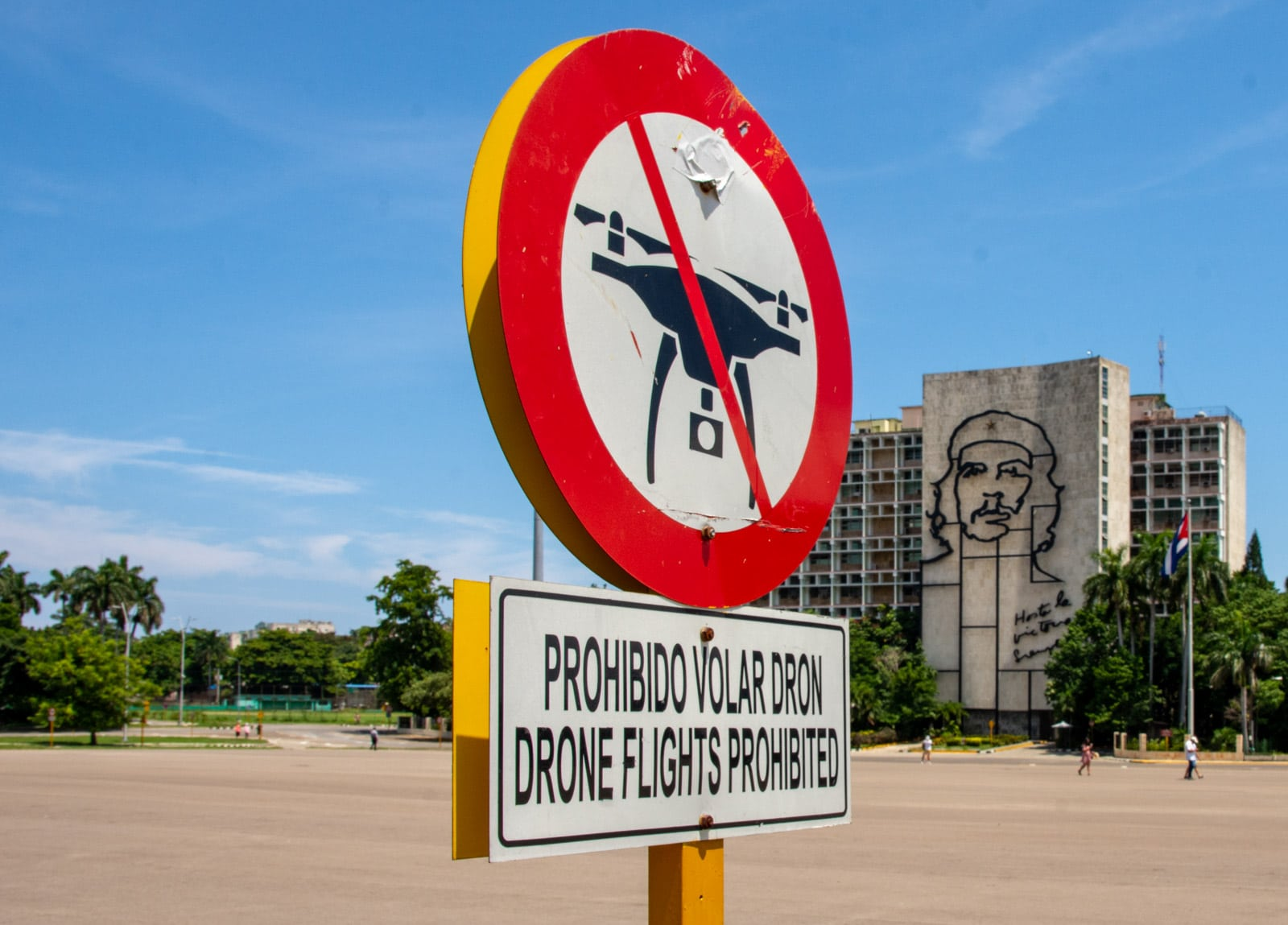 Hawana - zakaz latania dronami