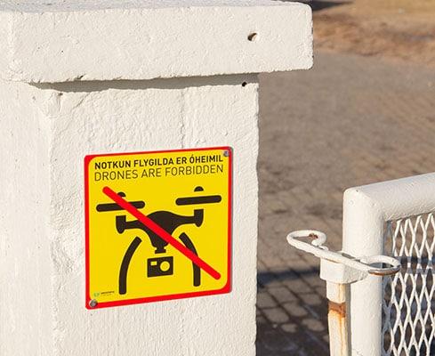 Zakaz latania dronem na Islandii