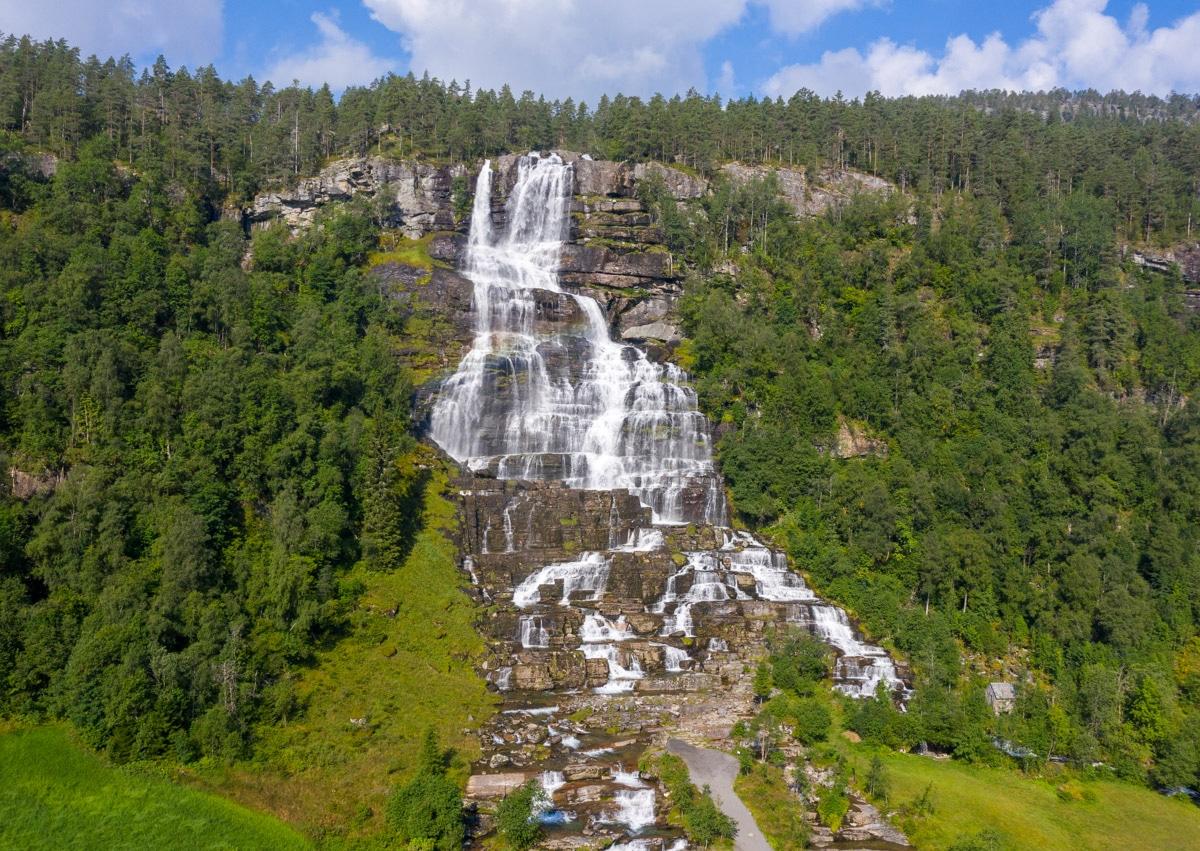 Wodospad Tvindefossen