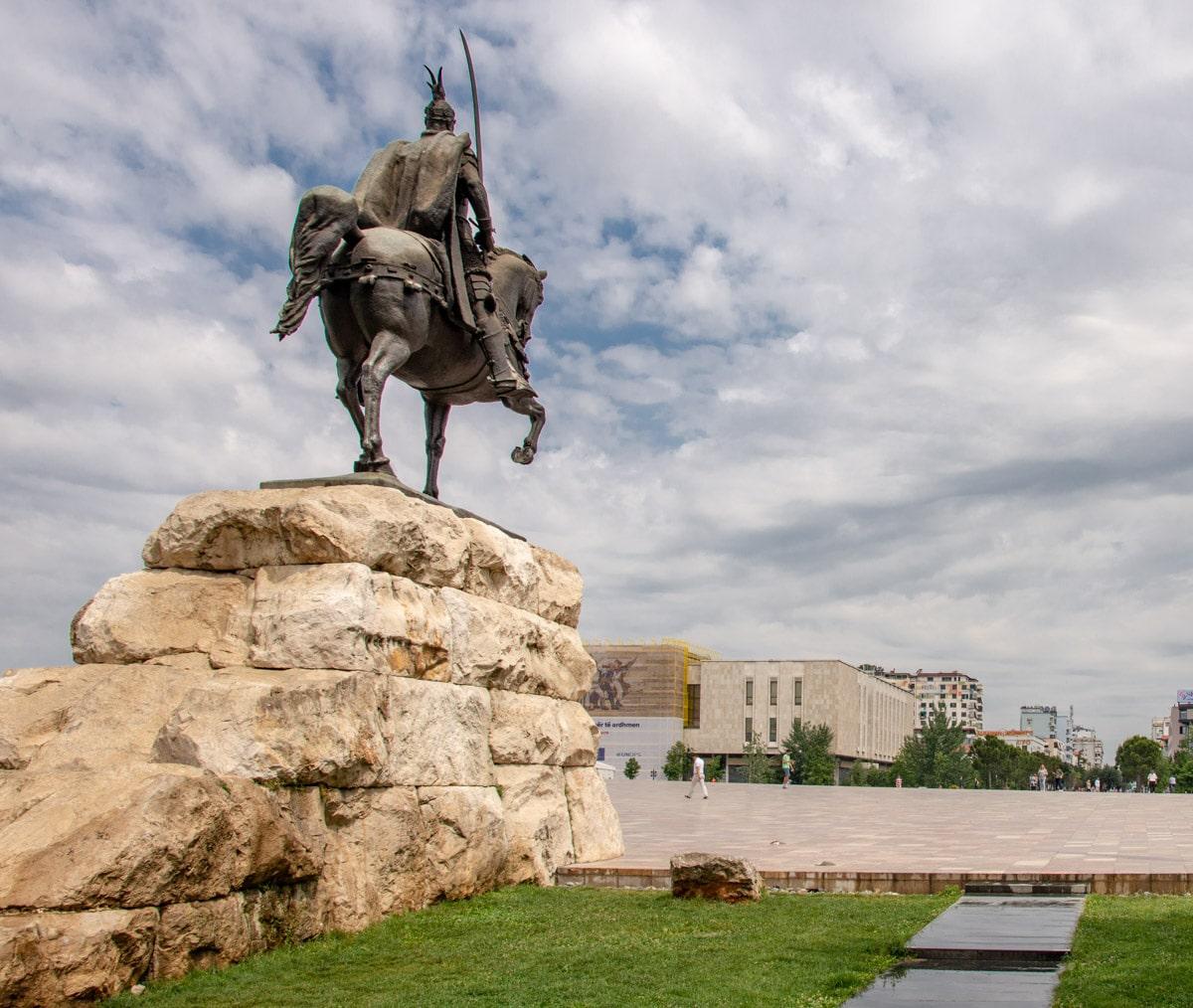 Pomnik Skanderbega