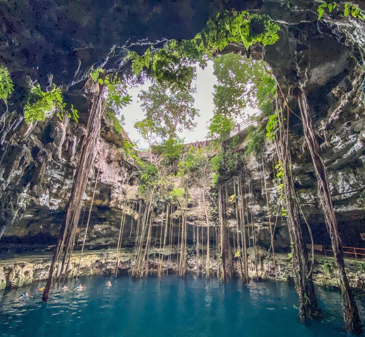 Cenote Oxmán