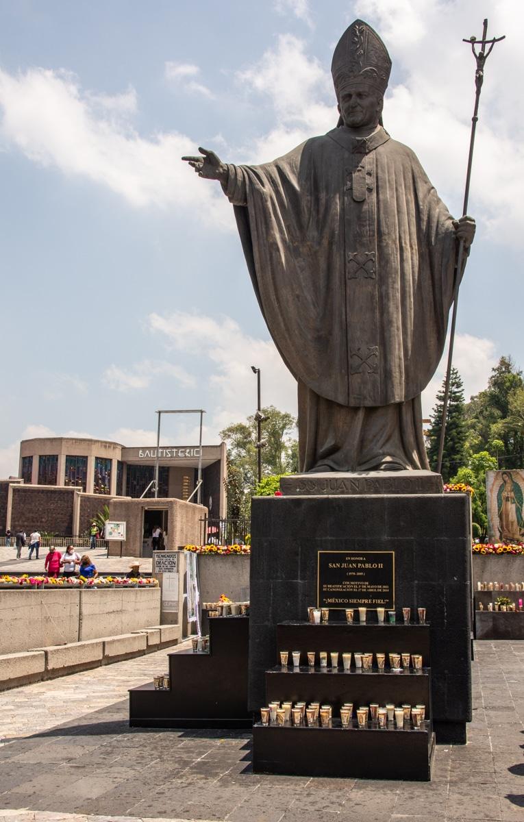 Pomnik Jana Pawła II w Guadalupe