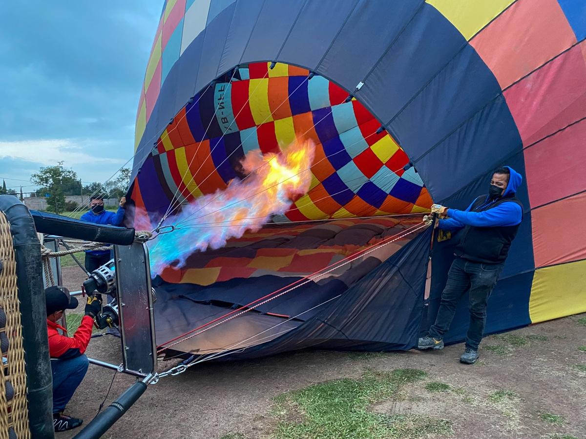 Napełnianie balonu